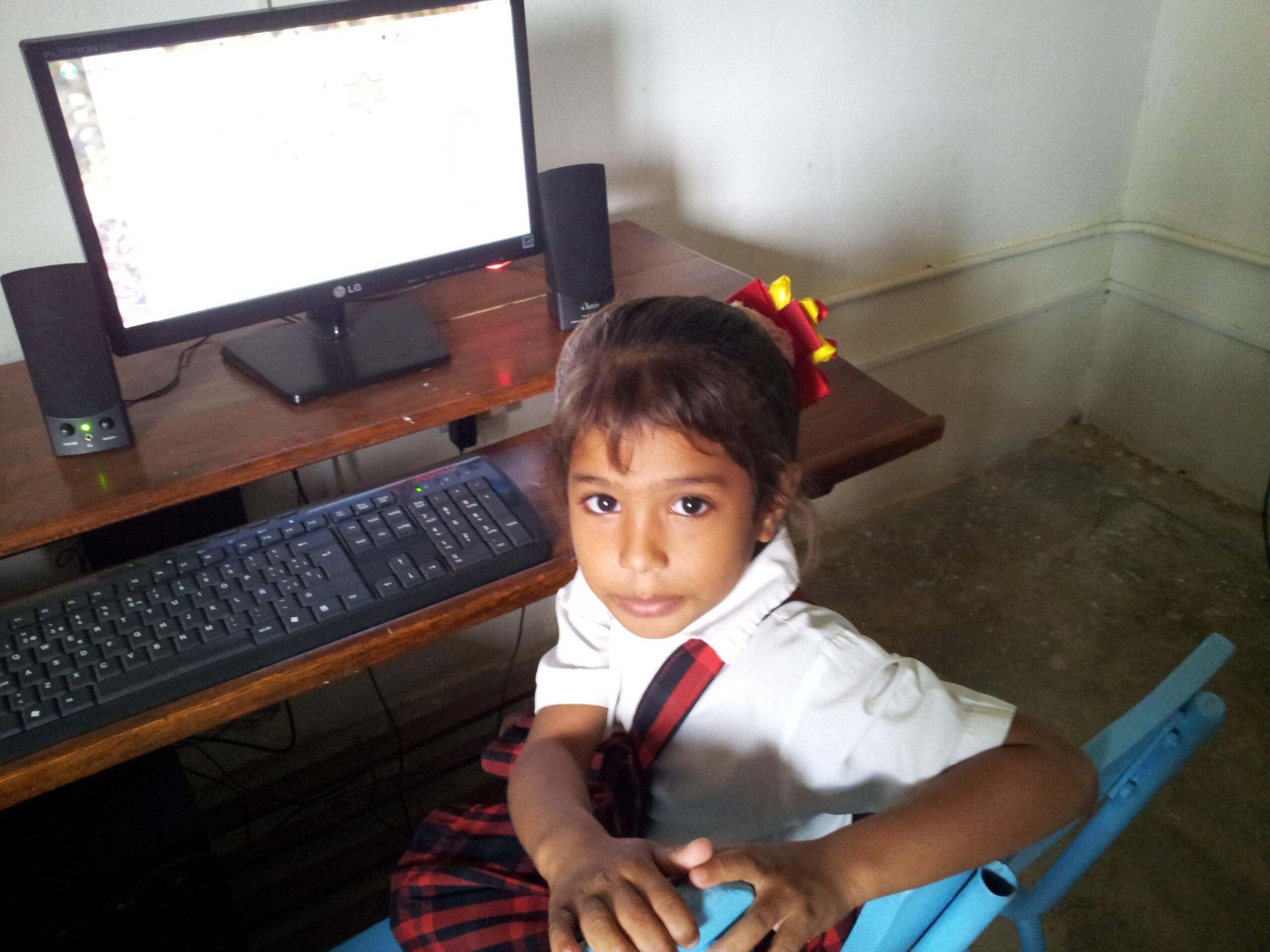 La brecha digital impacta en la educación de los niños en riesgo de exclusión social