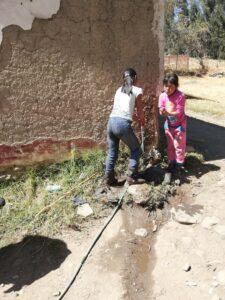 Agua potable a familia vulnerables